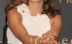 Jennifer Lopez a tengerben tette ki a melleit, mindene csurom víz - fotó