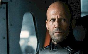 Szerelme buktatta le: így nézett ki Jason Statham hajjal! – fotó
