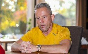 Schobert Norbi elhagyta az országot – Ez áll a döntés hátterében
