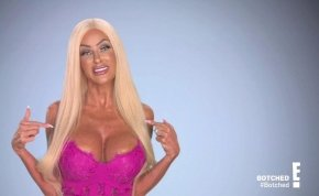 Designer vaginaműtétet végeztet el magán a nő, aki élő Barbie babává szeretne válni