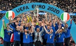Volt egy vicces jelenet az olasz – angol meccsen, amit nem láthattál a tévében