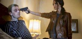 Döbbenet! Pisztolyt tartott Megan Fox a kedvese, Machine Gun Kelly fejéhez!