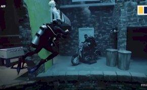 Ettől eldobod az agyad - csocsózni és motorozni is lehet a világ legmélyebb medencéjében