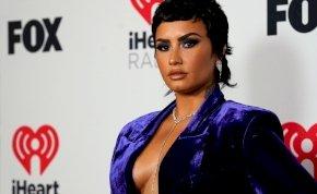 Demi Lovato forró szexjelenetben szerepelt, egy izgatóan szexi fotót is megosztott erről!
