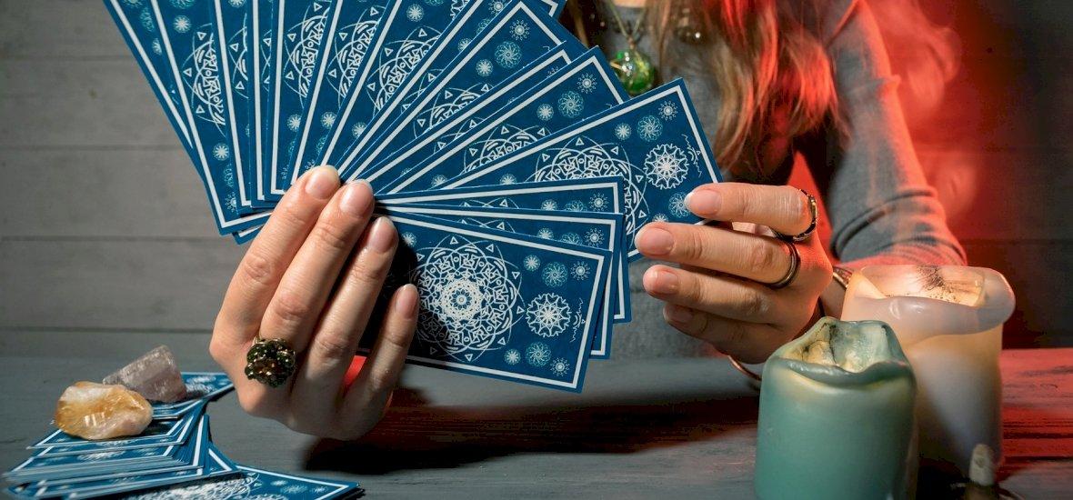 Válassz a 3 kártya közül és kiderül: ma rád mosolyog a szerencse? – napi jóslás