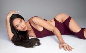 Elképesztően szexi Megan Fox a mindenhol kivágott ruhájában, de a párja, Machine Gun Kelly elégedetlen
