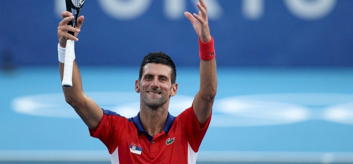 Olimpia: rosszul lett, és a pokoli hőség miatt adta fel egy teniszező – Djokovic nem érti, miért kell így játszaniuk