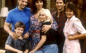 Hihetetlen: így néz ki most az Egy rém rendes család Bud Bundyja