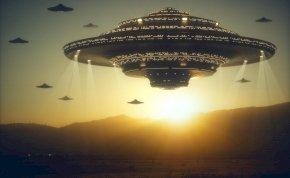 Egy időutazó szerint űrlények érkeznek a Földre – méghozzá holnap!