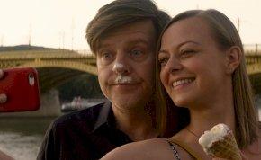 5+1 érdekesség az év legjobb magyar közönségfilmjéről, az Így vagy tökéletes-ről