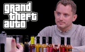 A Gyűrűk ura sztárja csípős csirkeszárnyevés közben mondta egy műsorban, hogy Grand Theft Auto-filmben akar szerepelni - videó