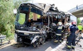 Megszólalt az M7-es busztragédia egyik túlélője, sokkoló részleteket mesélt a balesetről