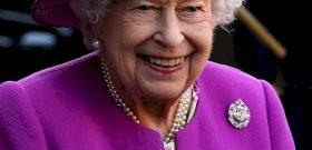 II.  Los 7 secretos asombrosos de Elizabeth: nunca verás a la reina de la misma manera después de leer el artículo
