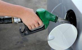 Aggasztó hírt kaptak az autósok, péntektől komoly változások jönnek