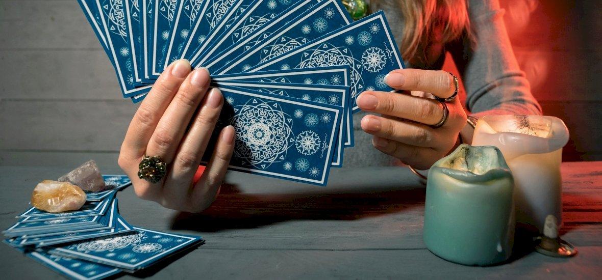 Válassz a 3 kártya közül és kiderül: miben lesz szerencséd? – napi jóslás