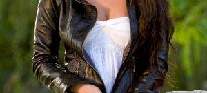Túl messzire ment? Megan Fox átlátszó ruhát vett fel, mindenki a lába közét bámulta egy érdekes dolog miatt - fotó