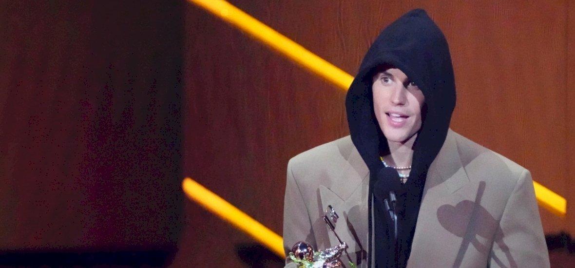 Justin Bieber lett az év előadója