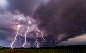 Időjárás: kedden már lesznek zivatarok – mutatjuk, hogy hol szakadhat le az ég