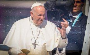 A New York Times szerint nem Magyarországon járt a pápa, hanem Romániában