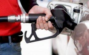 Borzalmas hírt kaptak az autósok – Erre kell számítani péntektől!