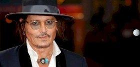 Így néz ki Johnny Depp 22 éves modell lánya! Szerinted is egy nehézbombázó? - fotók