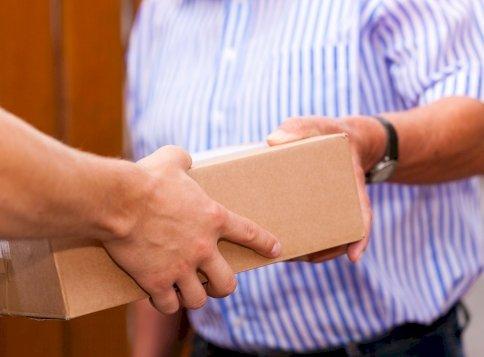 Annyira nincsen postai kézbesítő, hogy már 755 ezres fizetésért keresik az embereket