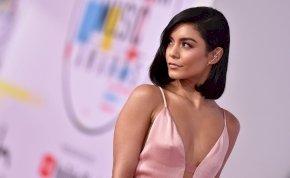 A High School Musical sztárjának kiesnek a mellei a bikiniből, de ez nem zavarja – válogatás