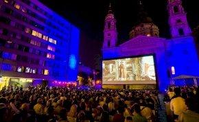 Pár napig újra ingyen mozizhatunk a Bazilika előtt