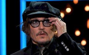 """Johnny Depp nagyon kiakadt: """"Senki sincs biztonságban"""""""