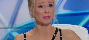 Mi történt? Köllő Babett zokogásban tört ki a stúdióban! – videó