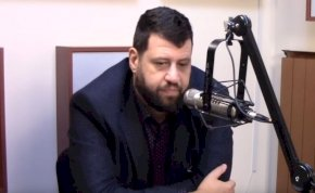 Puzsér Róbert megrázó őszinteséggel beszélt édesanyja elvesztéséről – videó