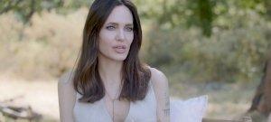 15 évvel fiatalabb pasival kapték le Angelina Jolie-t - esélyed sincs kitalálni, ki az új kiválasztott!