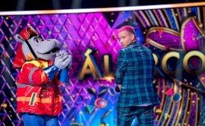 Egy pucér indián is volt az Álarcos énekesben, de senki sem láthatta, mert az RTL Klub kivágta