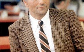 Nem Peter Falk volt az első Columbo, így nézett ki a színész, aki először eljátszotta a nyomozó szerepét - videó