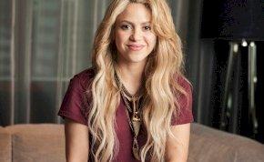 Vajon Shakira mellei, vagy Khloé Kardashian bikinije fog jobban beindítani? – válogatás