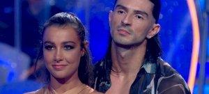 Tóth Andi mellbimbót villantott, majd könnyekig hatotta a Dancing with the Stars zsűrijét – videók