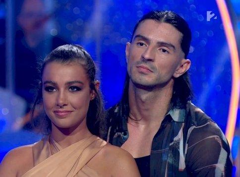 """Tóth Andi mellbimbót """"villantott"""", majd könnyekig hatotta a Dancing with the Stars zsűrijét – videók"""