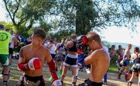 Óriási sikert aratott Magyarország leglátványosabb thai boksz rendezvénye a Balaton partján