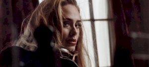 Hatalmas rekordot döntött meg Adele új dala