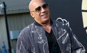 Szívszorító: Vin Diesel kísérte az oltárhoz az elhunyt Paul Walker lányát – fotó
