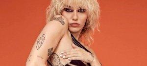 Király Viktor felesége, és Miley Cyrus is hatalmasat villantott a héten