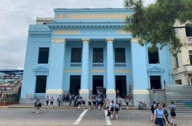 Che Guevara Mauzóleuma és Kuba legfinomabb cappuccinója