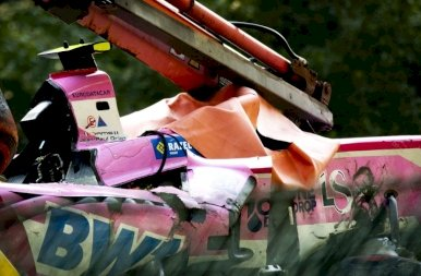 Brutális baleset után meghalt a fiatal F2-es pilóta