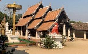 Thaiföld második legnagyobb városa és a 306 lépcső
