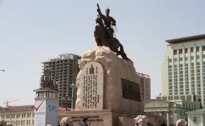 A mongol főváros, amely meghajol Dzsingisz kán nagysága előtt