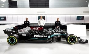 Bemutatták az új Mercedest és Aston Martint