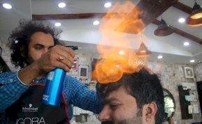 Te elmennél ehhez a pakisztáni fodrászhoz egy kis igazításra?