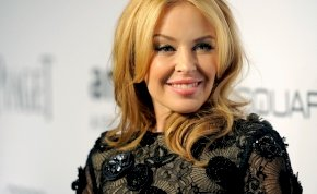 A csodálatosan szexi Kylie Minogue 53 éves lett, és bombaformában van - galéria