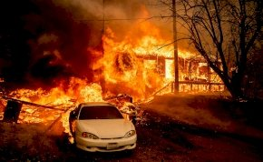 A város, amit földi pokollá változtatott a tűzvész – megrázó fotók