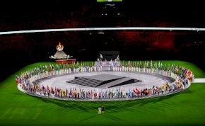 Így ért véget a tokiói olimpia: látványos képeken a záróceremónia!